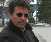 Kristian Sveen i hytteforeningen Norefjell Vest sier de vil kjempe mot utbygginsplanene.