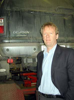 Daglig leder Morten Weme er ikke overrasket over at bilene som ble stjålet i Hamar ble brukt i et ran.