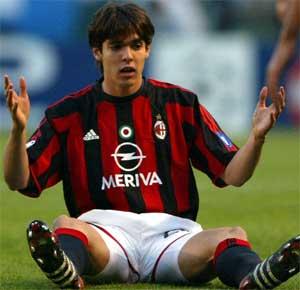 Kaka på rumpa. Milan-spilleren gikk målløs av banen i dobbelt forstand onsdag. (Foto: Scanpix / AP / Lalo Villar)
