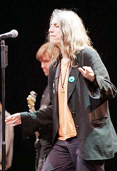 Patti Smith kommer til Rockefeller i juli. Foto: AP PHOTO / ANITA MAGGI.