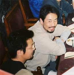 Lettede frigitte gisler, Jumpei Yasuda og Nobutake Watanabe (Scanpix/AFP)