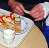 Sjukehusmat tilkjørt fra Lillehammer får ros ved sjukehuset på Hamar. (Ill.foto/Scanpix)