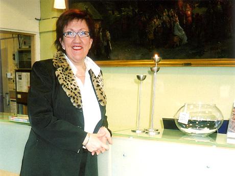 Gjestene som tar inn på Hotel Hordaheimen vil raskt merke om Berit Ørnehaug (51) er til stede i resepsjonsområdet.