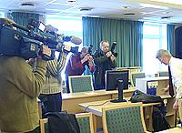 Det var stort presseoppbud da saken startet. Foto: Ivar Jensen, NRK.