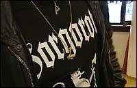«Gaahl» møtte i retten med oppned kors på brystet