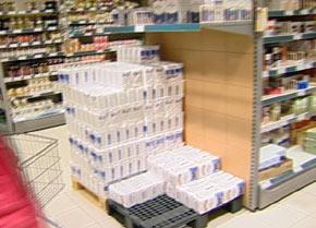 I noen butikker fører streiken til tomme hyller.