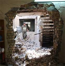 Kampene i Falluja har ført til mange drepte og store skader på bygninger. (Foto: Scanpix / AP / Muhammed Muheisen)