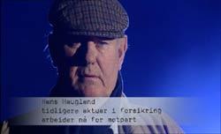 Hans Haugland er en av de pensjonerte ekspertene som hjelper brannofre.