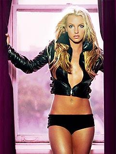 Britney Spears har fått beskjed av Playboy om å slanke seg. Trenger hun egentlig det? Foto: AP Photo / BMG Korea.