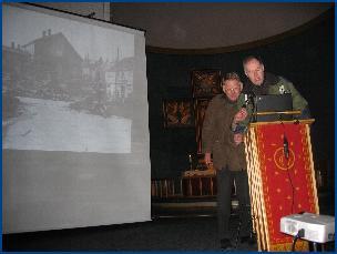 I domkirka ble det vist lysbilder fra bombinga av Molde aprildagene 1940.