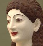 Gudinne-skulpturen fra Akropolis med farger.