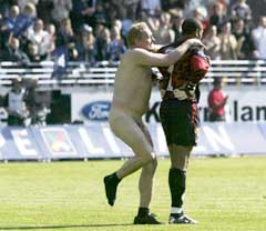 Moldes målvakt Eddie Gustafsson lot seg ikke vippe av pinnen. (Foto: Alf Ove Hansen / SCANPIX)