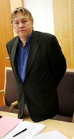 Tidligere direktør i Finance Credit Trond Kristoffersen fulgte med fra tiltalebenken da aktoratet fortsatte sin prosedyre i Finance Credit-saken i Oslo tingrett mandag. Foto: Erlend Aas / SCANPIX