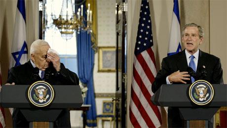 Tette bånd mellom Bush-administrasjonen og Sharon-regjeringen forsterker krisen i Midtøsten, skriver utenrikskommentator Jahn Otto Johansen. (Foto: AFP/Scanpix)