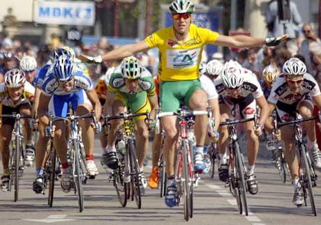 Thor Hushovd viste at han var overlegen i spurten på den andre etappen i Tour de Languedoc. (Foto: AFP/Scanpix)