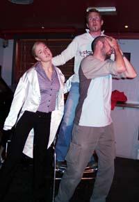 Øyvind Stengrunde, Tale Berntsen, og Kjell Andre Wiklund vann Innlandsmeisterskapen i teatersport.
