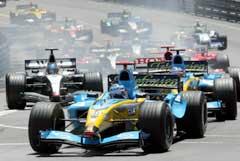Jarno Trulli i tet i Monaco. (Foto: Reuters/Scanpix)
