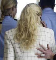 Den fornærmede kvinnen fikk politibeskyttelse under rettssaken i Drammen. Foto: Scanpix