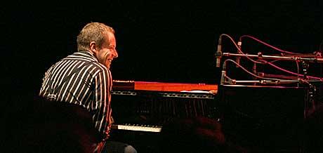 Erlend Skomsvoll i Come Shine på Festspillene 2004. Foto: Arne Kristian Gansmo.