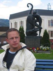 Tom Runar Aasen blei skadda i ei arbeidsulykke.