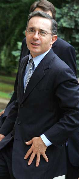 Alvaro Uribe er president i Colombia. (Foto: AFP/Scanpix)
