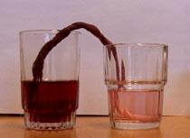 Safta gikk over i det andre glasset! (Foto: NRK)