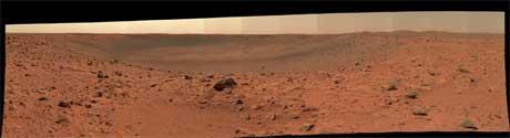 UTTØRKET: Innsjøene på Mars er alle tørket ut, men saltkrystaller kan inneholde samme typen livsformer som forskerne fant i Great Salt Lake. I så fall kan de vekkes til live igjen. (Foto: AP Photo/NASA/JPL/Cornell)
