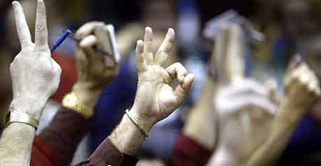 Børsoppgang trass i høy oljepris. Bildet er fra Chicago-børsen. Foto: John Gress, Reuters