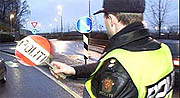 - Folk kjører mer forsiktig når de ser oss langs veien, sier UP-leder Einar Sand.