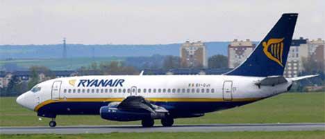 Rundt 200 000 passasjerer kan forsvinne fra Sandefjord Lufthavn, Torp om Ryanair velger å fly på RSL. Foto:AFP PHOTO FILES PHILIPPE HUGUEN