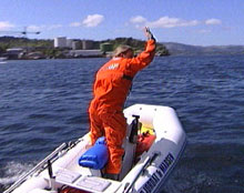 Hjelland forlater Bergen ved godt mot. Foto: NRK.