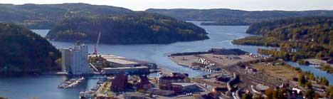Planene for utviklingen av sentrum, Mølen-området og havna er et stridstema i Halden. Høyre vil ha juridisk bindende planer. Foto: Rainer Prang, NRK.
