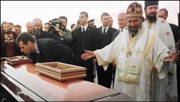 Vojislav Kostunica besøker Bosnia som første jugoslaviske president siden 1992