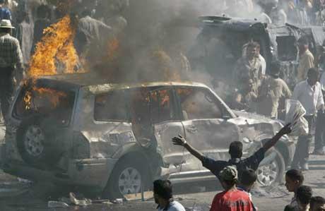 FLERE DREPT: Bomben gikk av i travel handlegate i Bagdad (Foto: Reuters)