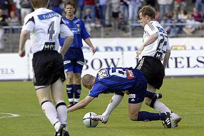 Gullet til RTosenborg, mens Stabæk tryner og rykker ned, sier historien. (Foto: Scanpix)