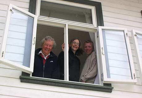 Enkelte hadde ekstra god utsikt til kongeparet når de besøkte Inderøy