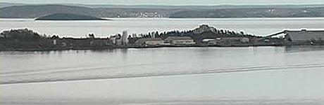 NOAHs spesialavfallsanlegg ligger på Langøya utenfor Holmestrand, og tilhører Re kommune.