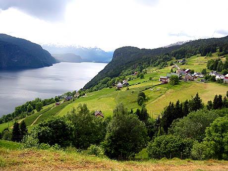 Nordsida i Stryn kommune. Foto: Ragnhild Sleire Øyen, NRK