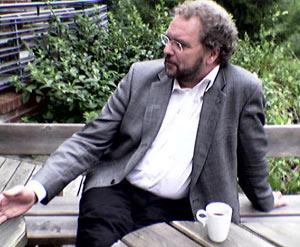 Lars Sponheim vil ha rorbu-variant i Innlandet.(Foto: Torvild Sveen/NRK)