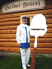 Marie Lise Krukhaug er ei av kvinnene som tok høvelen i egen hånd, og startet eget ysteri. Foto: Guri Norstrøm, NRK