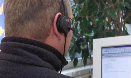Stadig flere arbeidsplasser i Hedmark og Oppland blir etablert innen telefoni og teletjenester. (Foto: Morten Holm/Scanpix)