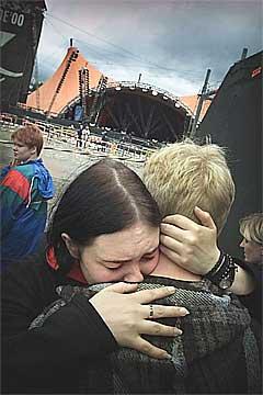 Publikum var i sjokk etter at 9 mennesker omkom forran den Orange Scene for 4 år siden. Foto: Scanpix.