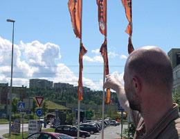 – Alnabru er et stygt sted, i kontrast til Tveita-blokkene, mener Dokk Holm. Foto: NRK