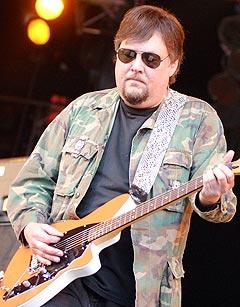 Gitarist Ron Asheton i The Stooges. Foto: Jørn Gjersøe, nrk.no/musikk.