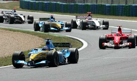 Fernando Alonso var raskest i starten. (Foto: Reuters/Scanpix)