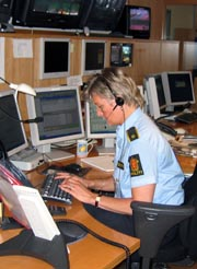 Politiet i Søndre Buskerud bruker mye tid på unødvendige telefoner. Foto: NRK