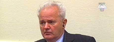 INNLEDER FORSVARET SITT: Milosevic er tiltalt for folkemord og forbrytelser mot menneskeheten. (Foto: FNs krigsforbryterdomstol for det tidligere Jugoslavia).