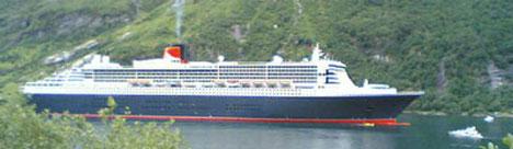 Queen Mary 2 på Geirangerfjorden. Foto: Alf-Jørgen Tyssing.