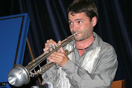 Arve Henriksen i Stian Carstensens kosnert på Moldejazz 2004. Foto: Arne Kristian Gansmo, NRK