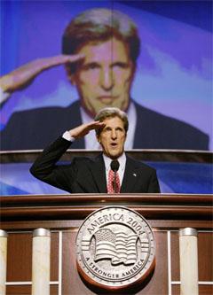 John Kerry stod frem som handlekraftig og bestemt under sin tale i Boston i natt. (Foto: AP/Scanpix)